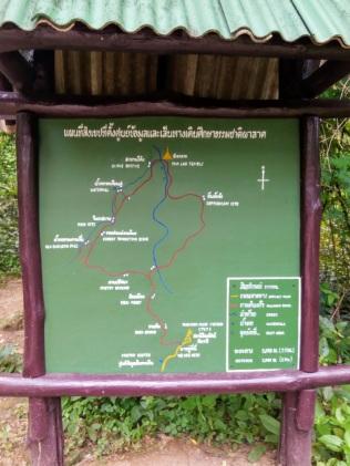 Wat Pha Lat hike
